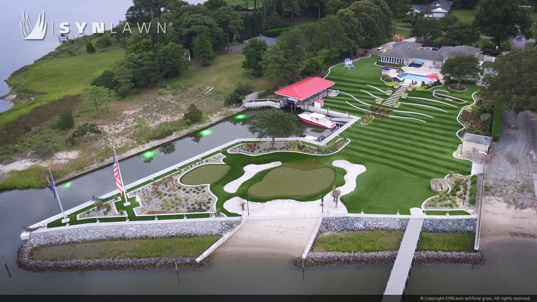artificial grass, putting green and backyard turf installation