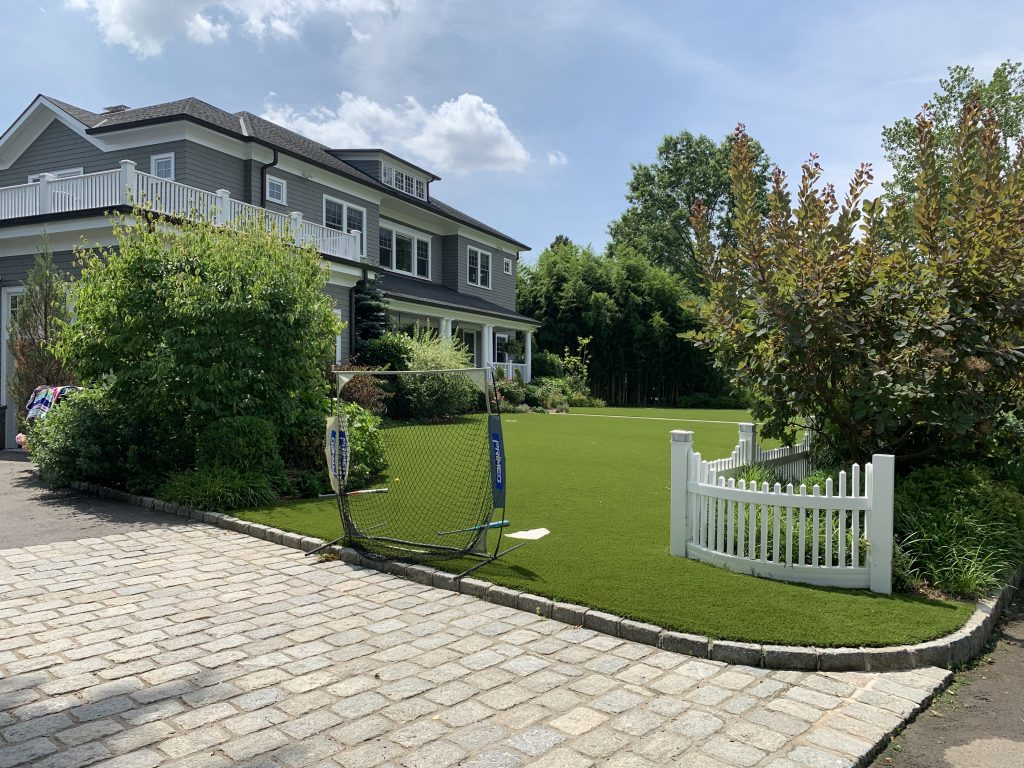 residential home, artificial lawn