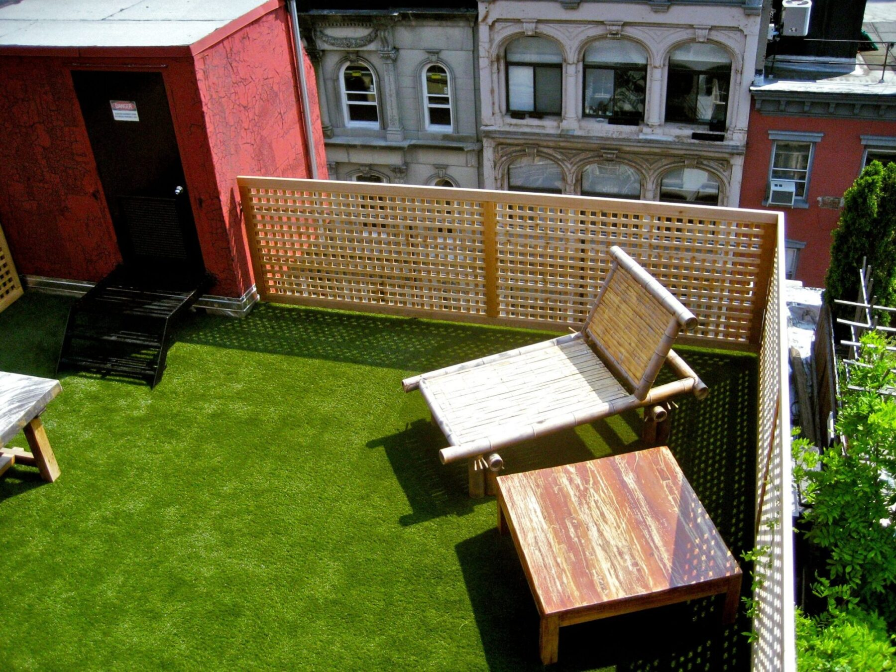 New york roof top artificial lawn install