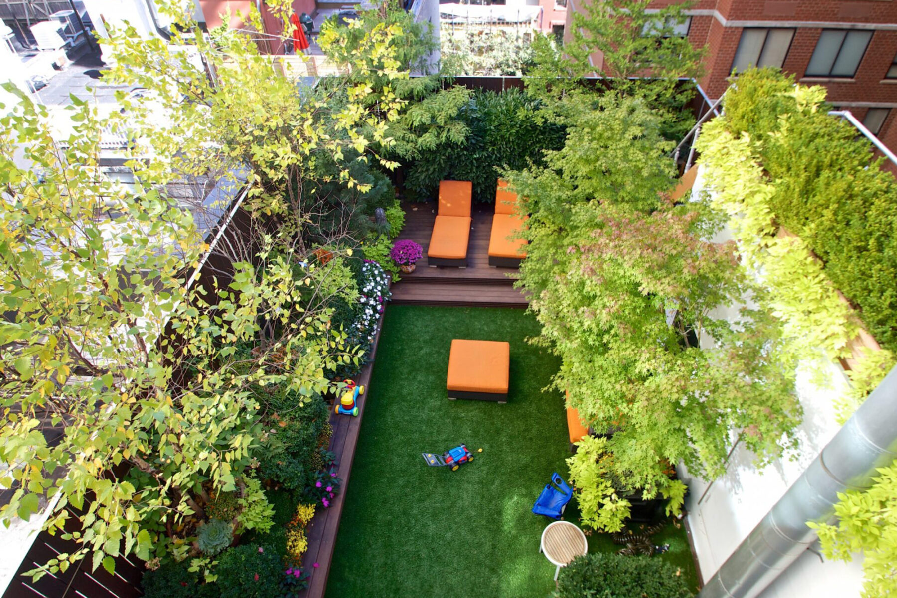 New york roof top, artificial grass