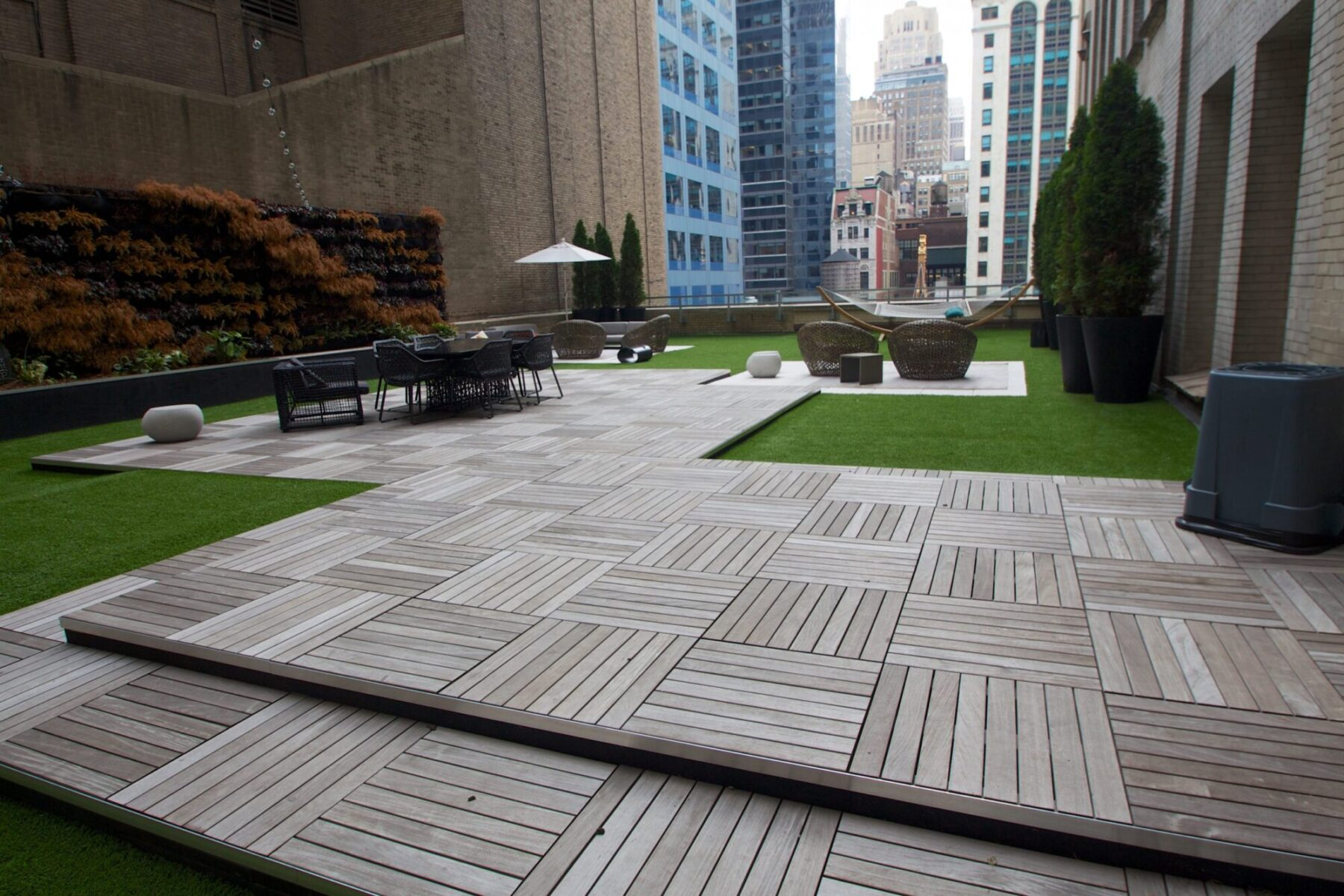 new york roof top artificial grass near me