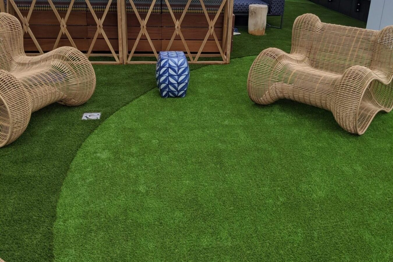 Roof top turf, artificial grasses